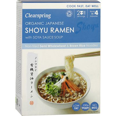 Japanese shoyu ramen noodles with soya sauce soup van Clearsprin
